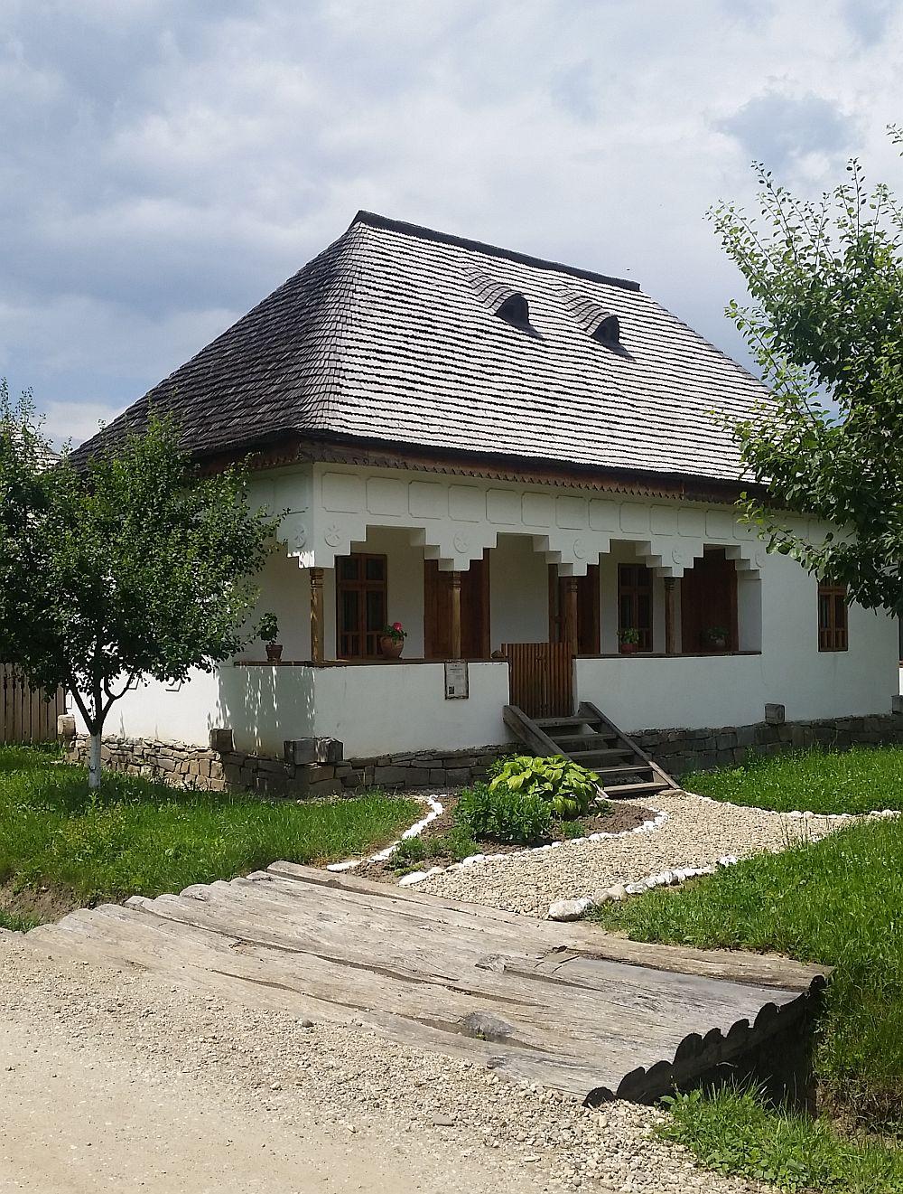 adelaparvu-com-despre-case-traditionale-romanesti-muzeul-viticulturii-si-pomiculturii-golesti-jud-arges-romania-foto-adela-parvu-14