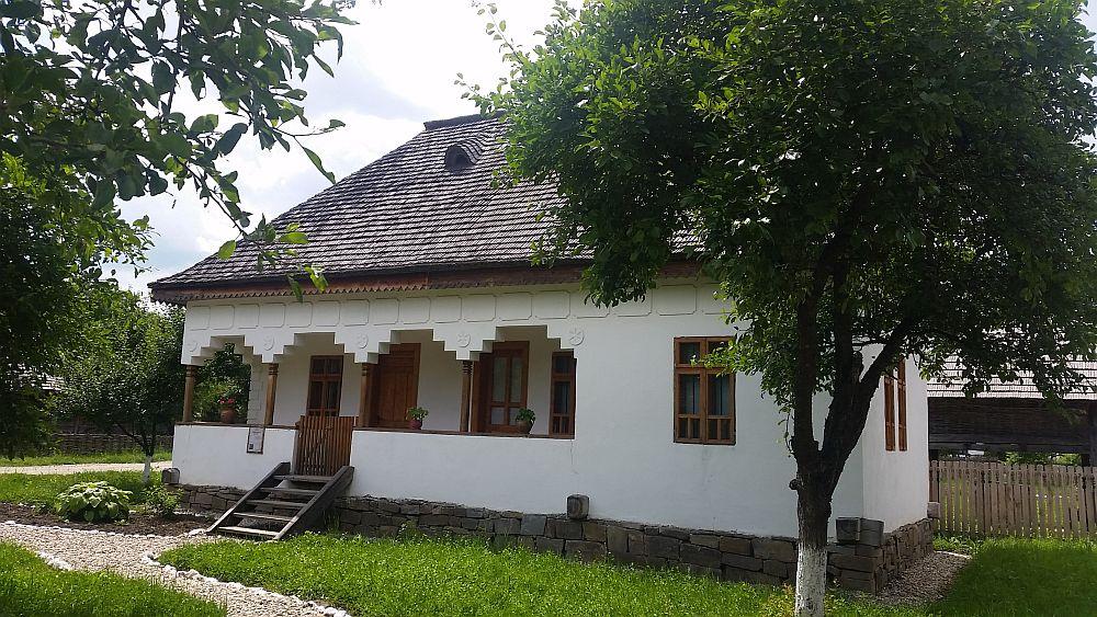 adelaparvu-com-despre-case-traditionale-romanesti-muzeul-viticulturii-si-pomiculturii-golesti-jud-arges-romania-foto-adela-parvu-16