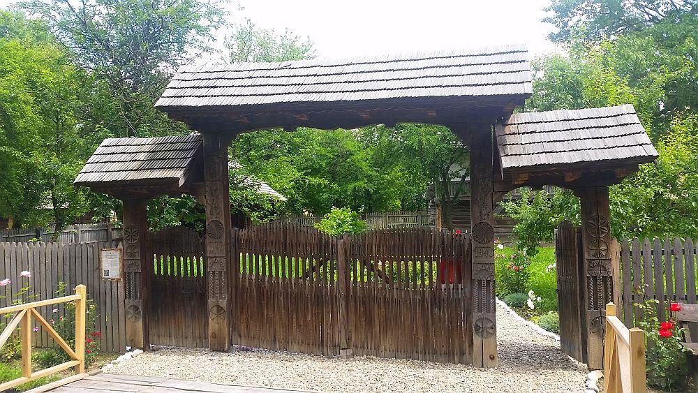 adelaparvu-com-despre-case-traditionale-romanesti-muzeul-viticulturii-si-pomiculturii-golesti-jud-arges-romania-foto-adela-parvu-2