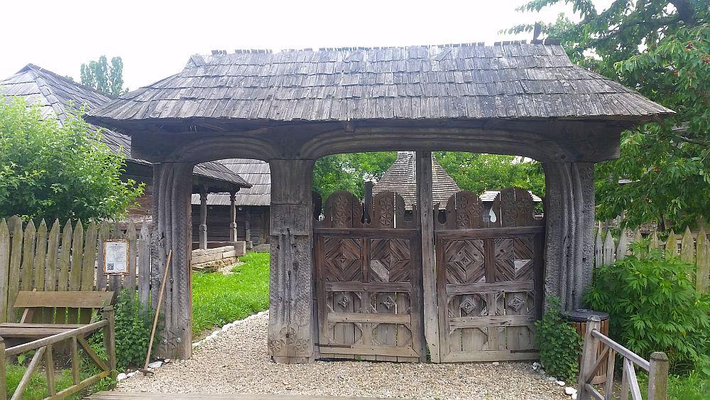adelaparvu-com-despre-case-traditionale-romanesti-muzeul-viticulturii-si-pomiculturii-golesti-jud-arges-romania-foto-adela-parvu-24