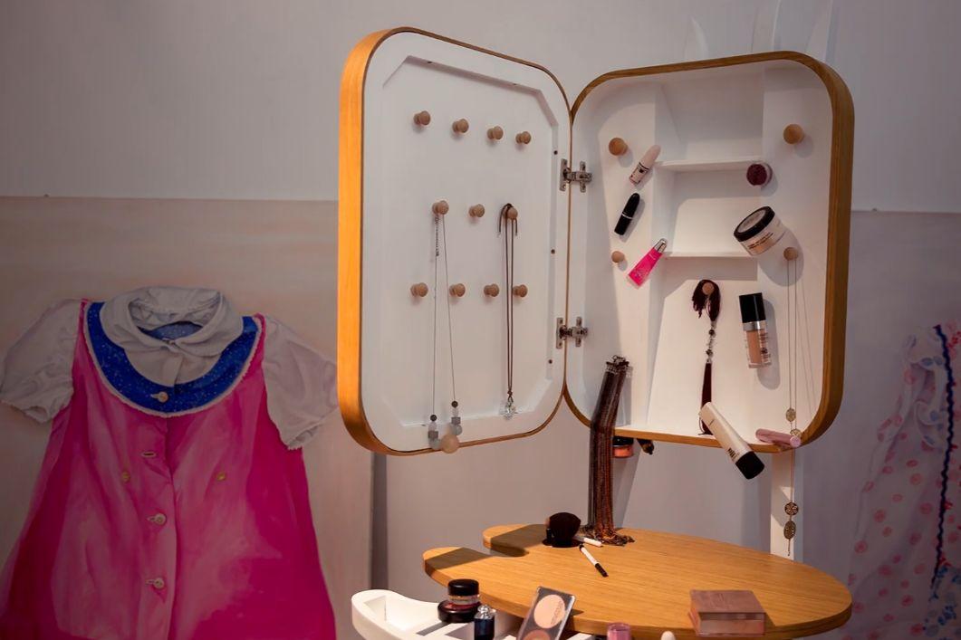 adelaparvu-com-despre-masuta-toaleta-make-up-sevalet-design-alina-ilie-5