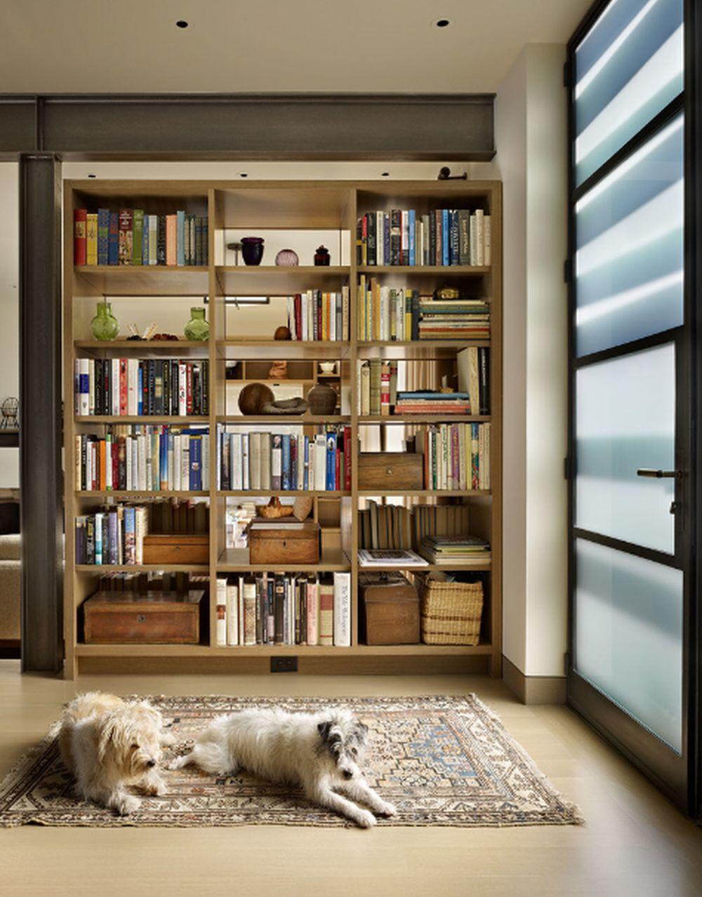 adelaparvu.com despre 30 solutii pentru separarea usii de la intrare, hol creat cu mobila si paravane, Foto DeForest Architects