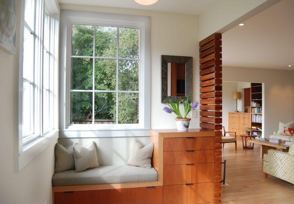 adelaparvu.com despre 30 solutii pentru separarea usii de la intrare, hol creat cu mobila si paravane, Foto Rossington Architecture