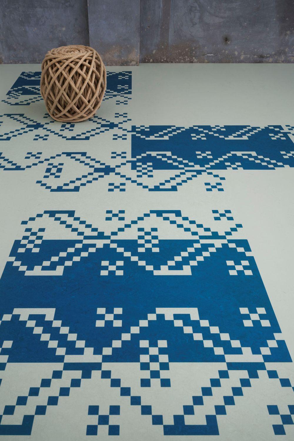 adelaparvu.com despre linoleum Forbo cu motive romanesti, colectia Folk, model Meadow, design Dare to Rug (2)