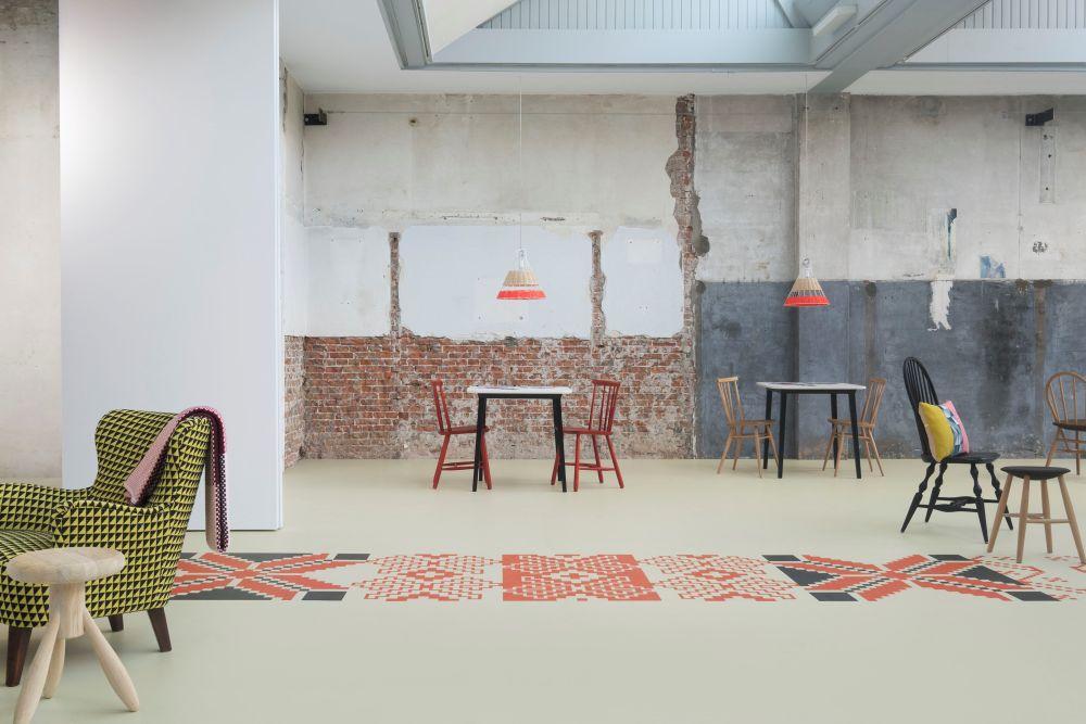 adelaparvu.com despre linoleum Forbo cu motive romanesti, colectia Folk, model combinat, design Dare to Rug (1)