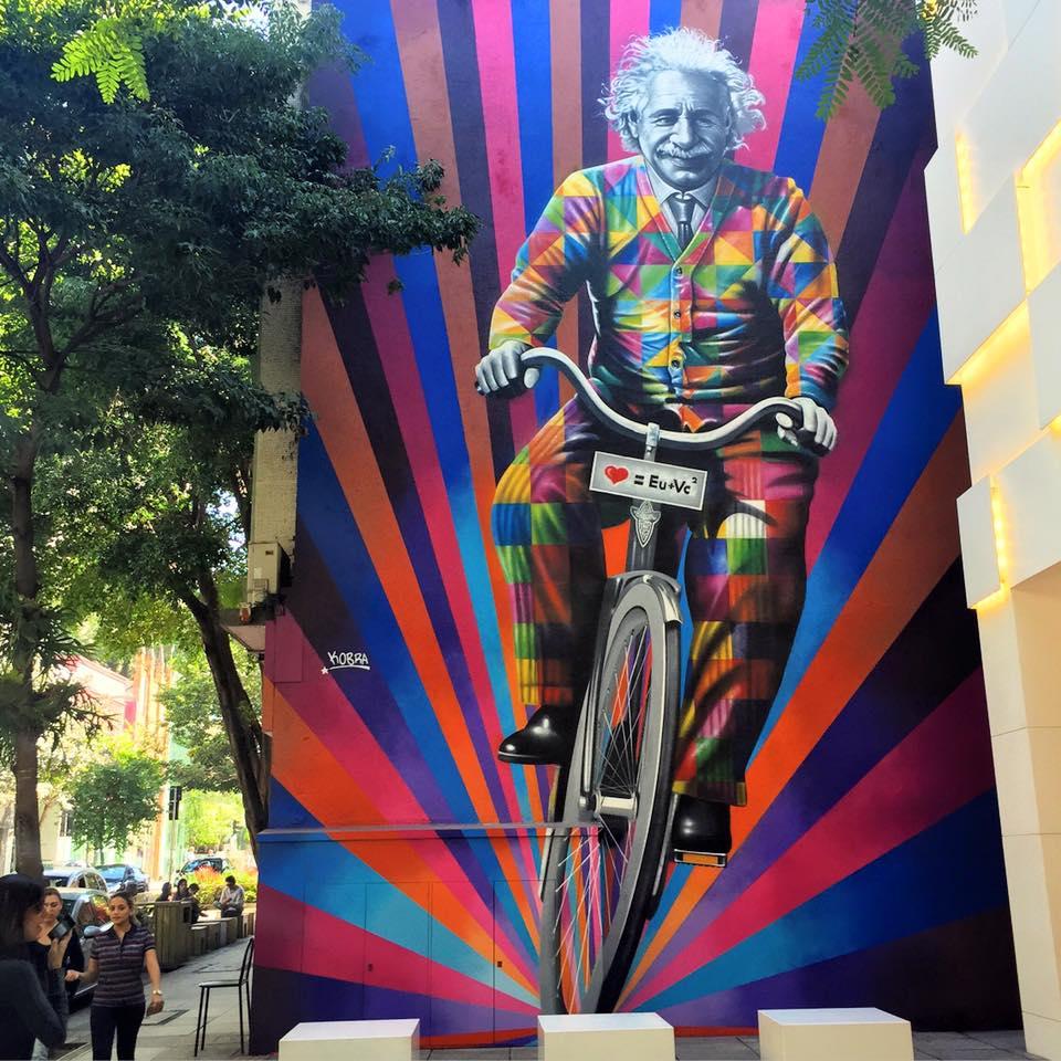 adelaparvu.com despre Eduardo Kobra artistul graffiti al oraselor, murala Einstein (3)