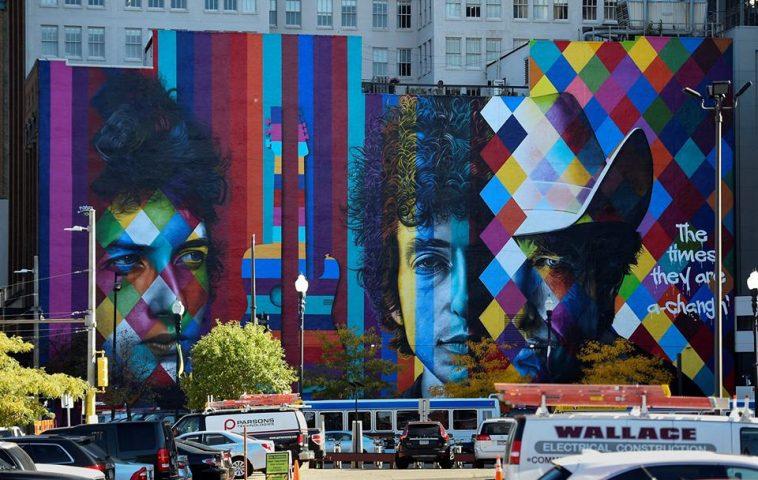 adelaparvu.com despre Eduardo Kobra artistul graffiti al oraselor, murala Philadelphia (3)