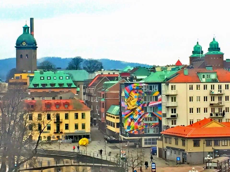 adelaparvu.com despre Eduardo Kobra artistul graffiti al oraselor, murala Suedia (2)