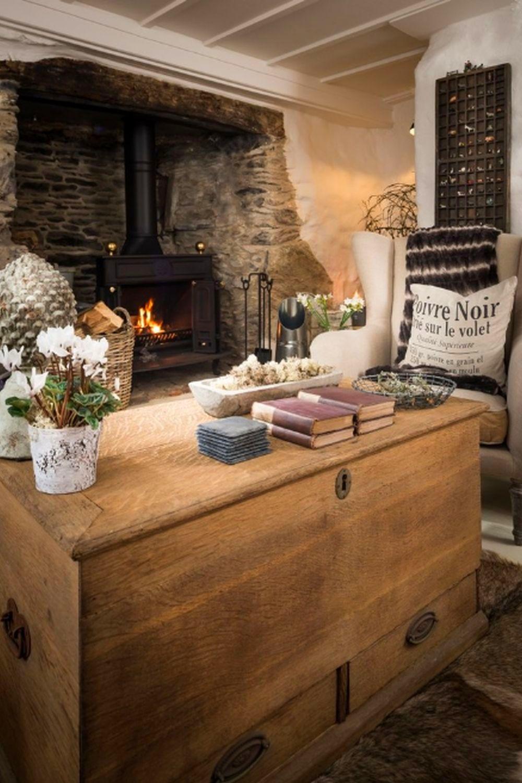 adelaparvu.com despre casa cu acoperis din stuf, casa UK, The Fable, Foto Unique Home Stays (12)