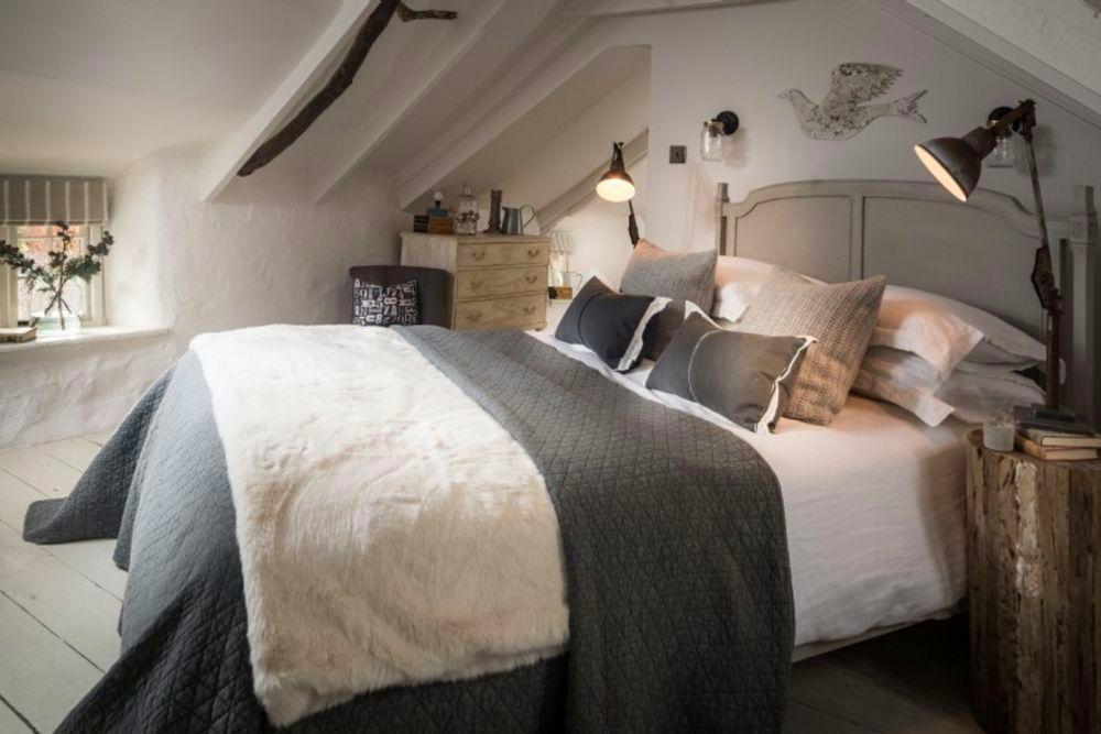 adelaparvu.com despre casa cu acoperis din stuf, casa UK, The Fable, Foto Unique Home Stays (15)