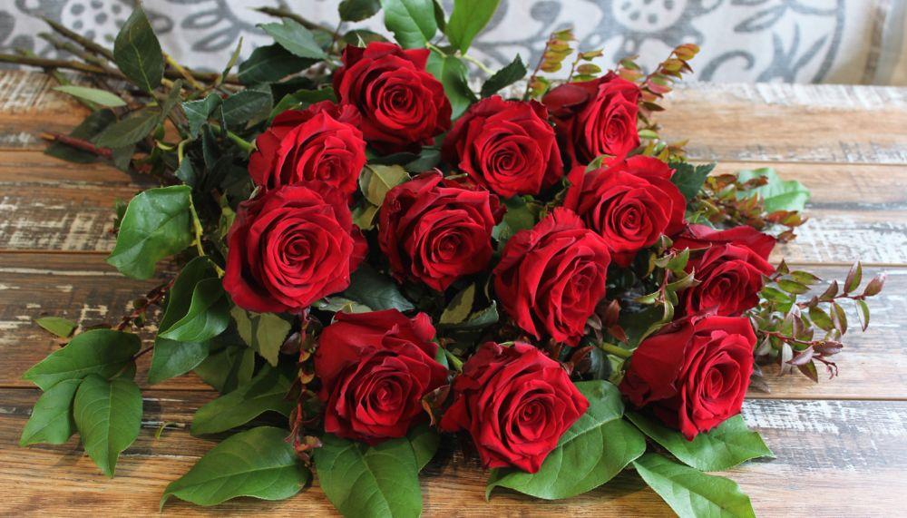 adelaparvu.com despre plante simboluri ale iubirii, Text Carli Marian, In Foto trandafiri taiati (1)
