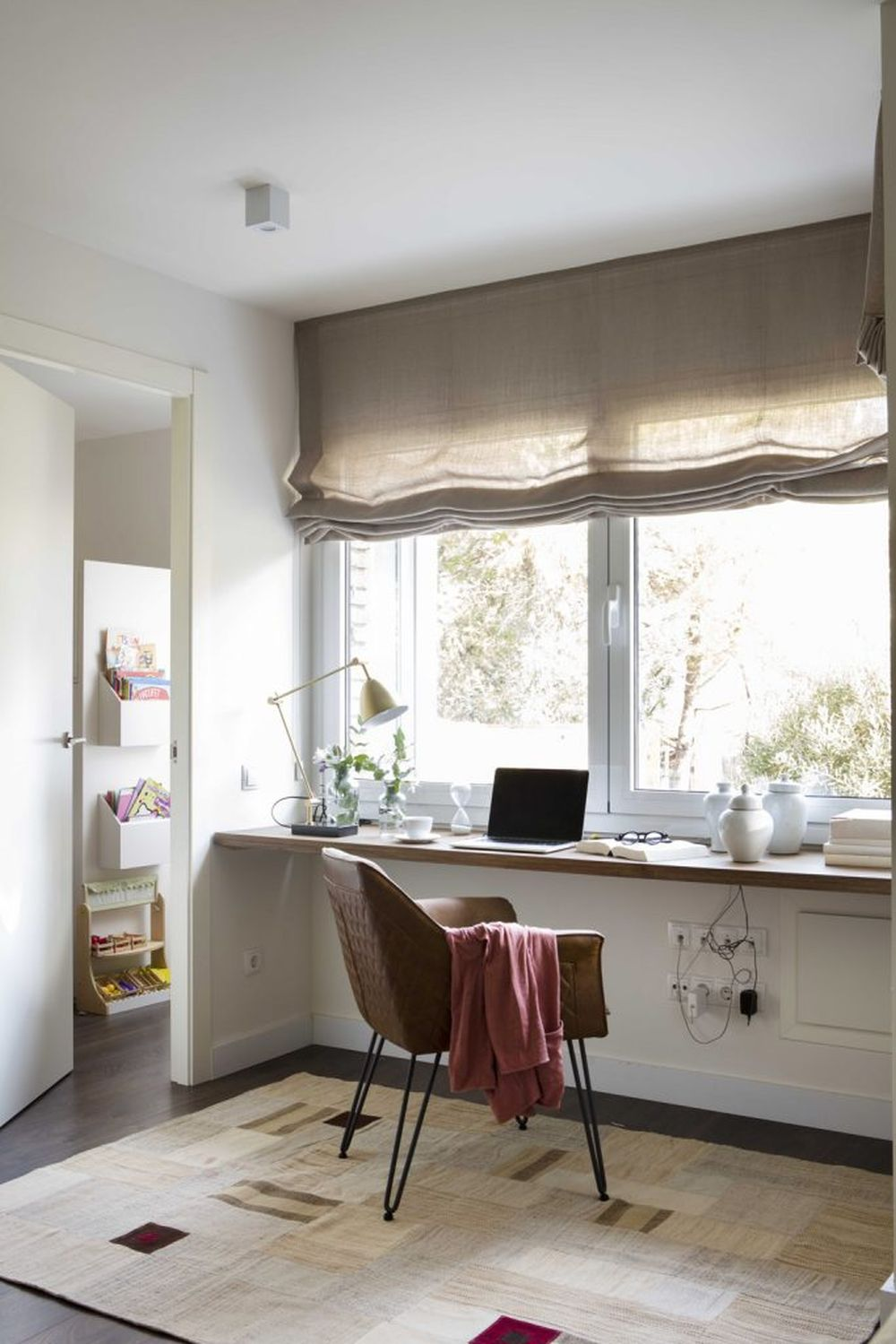 adelaparvu.com despre apartament cu stiluri combinate, 140 mp, Barcelona, Design Vivestudio, Foto Fernando Bedon, El Mueble (18)