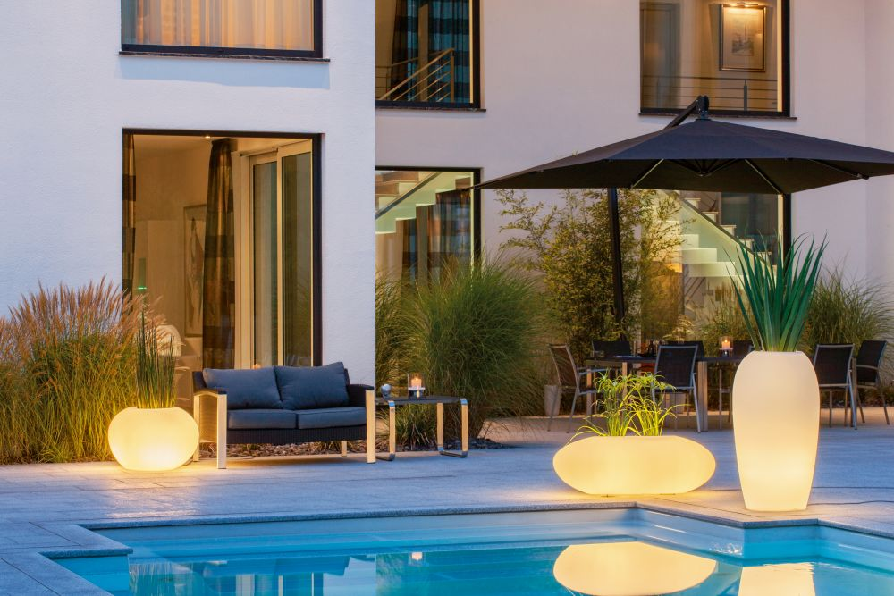 adelaparvu.com despre vase de gradina cu LED, design si producator DEGARDO (5)