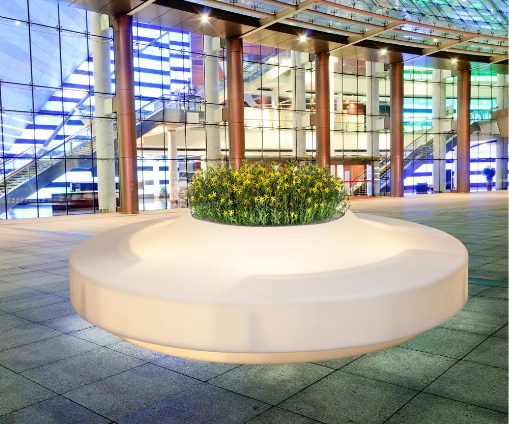 adelaparvu.com despre vase de gradina cu LED, design si producator DEGARDO (7)