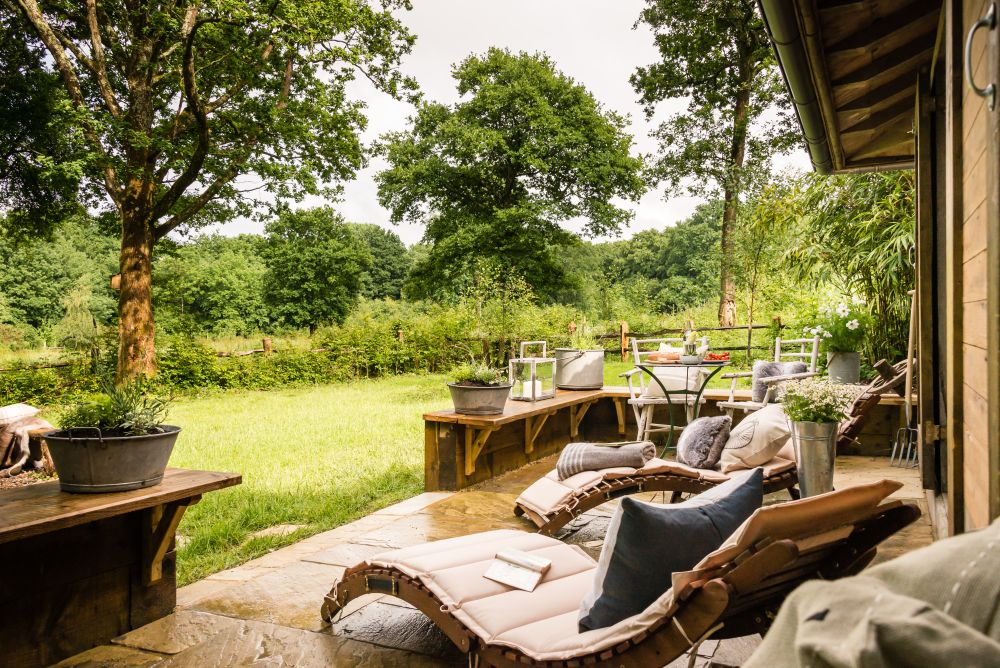 adelaparvu.com despre casa de vacanta pentru cuplu, Little Bear, Billingshurst, Sussex, Foto Unique Home Stays (11)