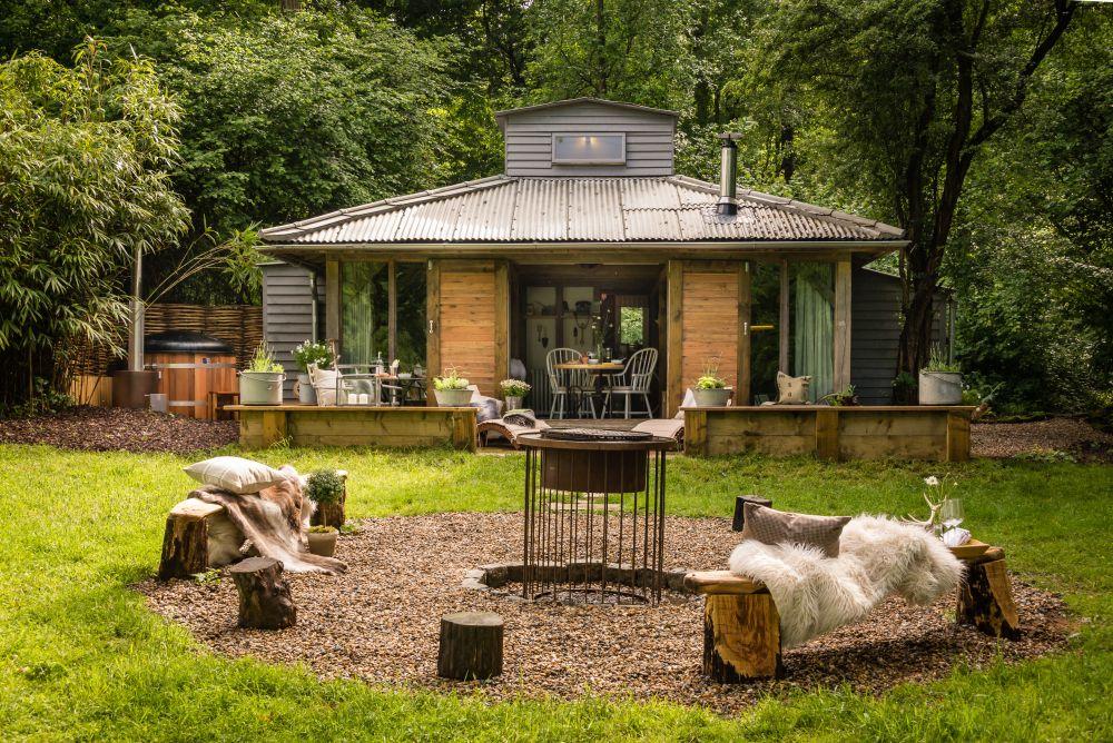 adelaparvu.com despre casa de vacanta pentru cuplu, Little Bear, Billingshurst, Sussex, Foto Unique Home Stays (12)