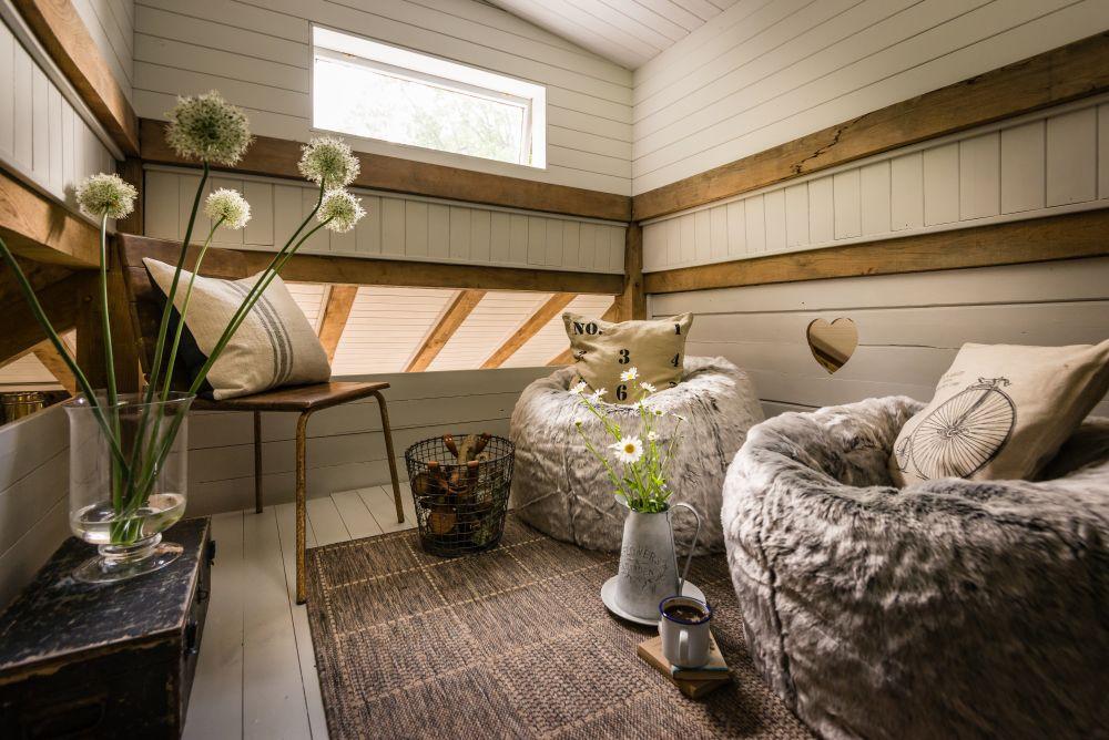 adelaparvu.com despre casa de vacanta pentru cuplu, Little Bear, Billingshurst, Sussex, Foto Unique Home Stays (25)