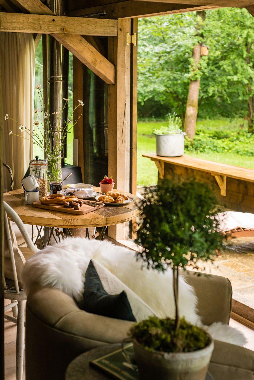 adelaparvu.com despre casa de vacanta pentru cuplu, Little Bear, Billingshurst, Sussex, Foto Unique Home Stays (7)