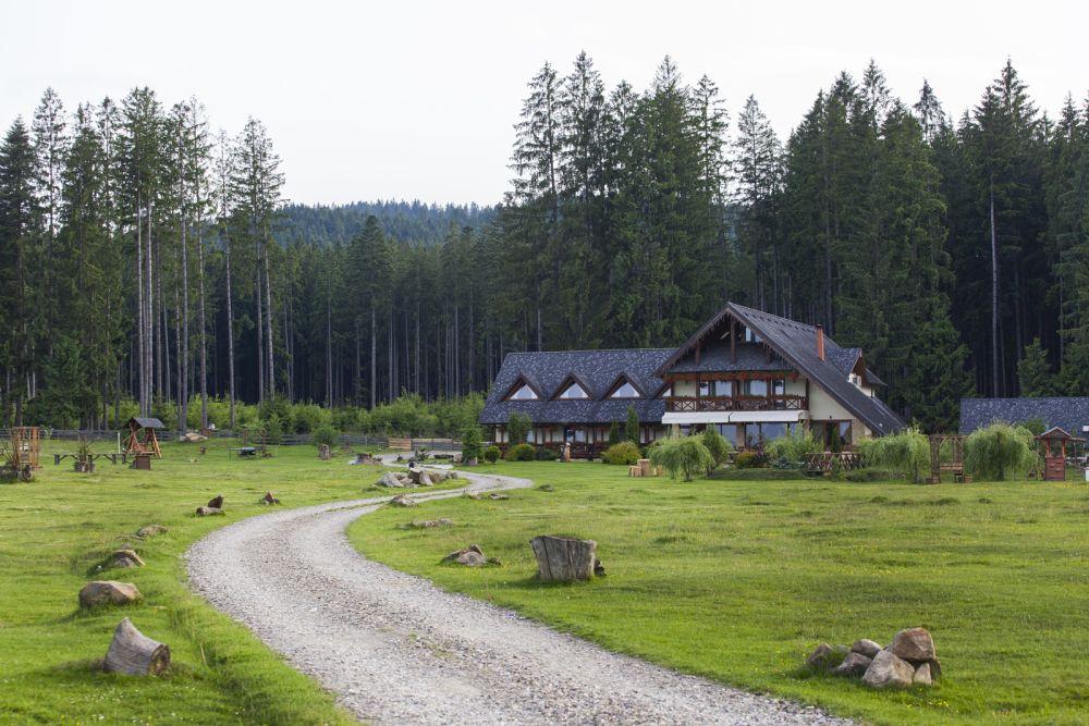 adelaparvu.com despre Tegola pentru acoperisuri in stil traditional, proiect casa Arh Olteanu,Foto Tegola