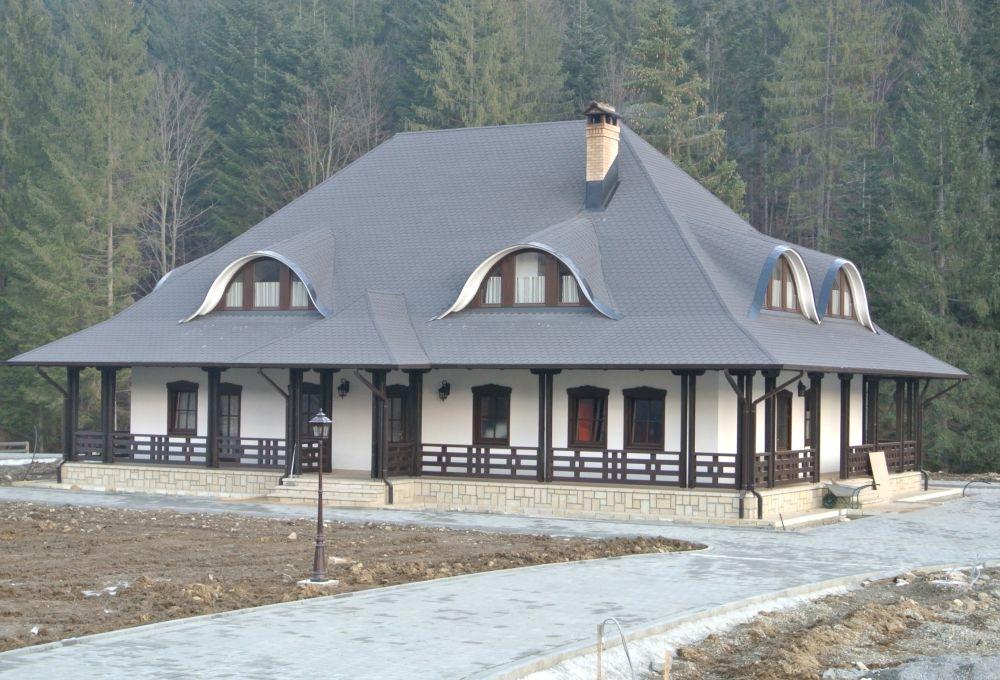 Casă cu acoperiș Tegola. Proiect casă semnat de arh. Ciprian Hison
