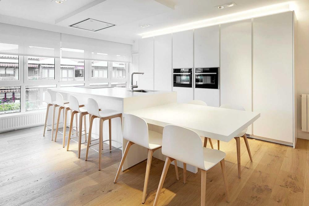 adelaparvu.com despre apartament cu 5 camere, Spania, Zarautz, designer Inigo Echave, Foto Echave Decoracion (4)