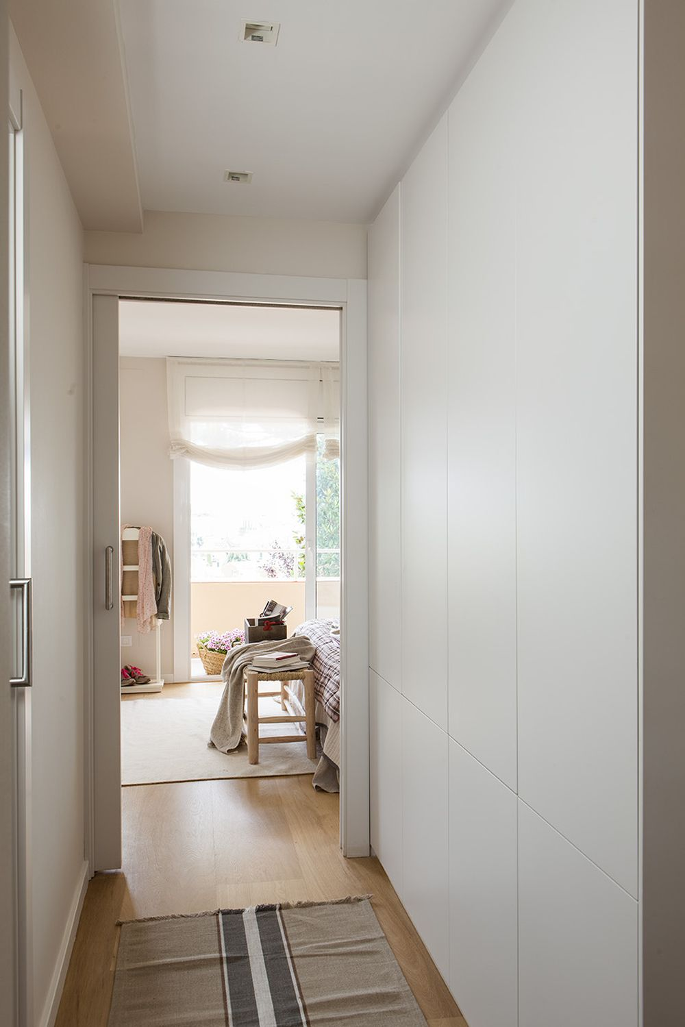 adelaparvu.com despre casa cu gradina, accente marine, designer Jeanette Dresing, Foto Feran Freixa (17)