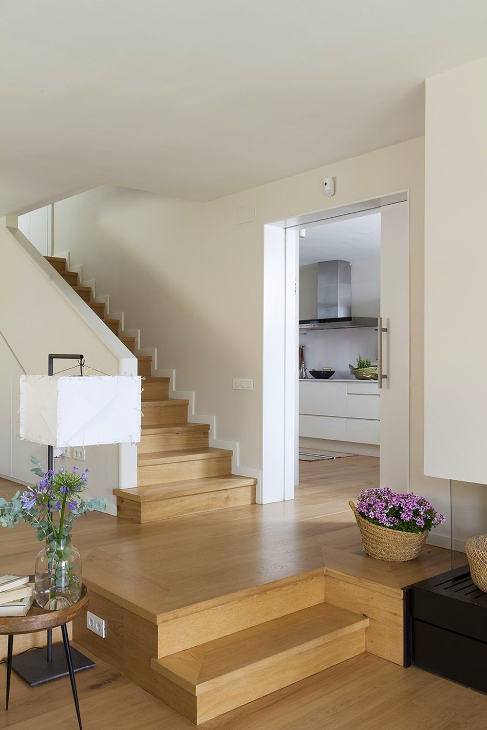adelaparvu.com despre casa cu gradina, accente marine, designer Jeanette Dresing, Foto Feran Freixa (9)