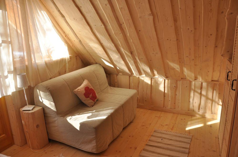adelaparvu.com despre casa de vacanta din barne lemn, 52 mp, Design si foto The Little Log House Company, Polonia (19)