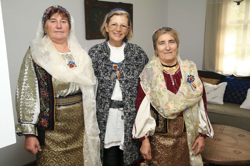 adelaparvu.com despre casa traditional romaneasca Dambovicioara, judetul Arges, arh. Sorin Istudor, designer Marinela Filip (2)