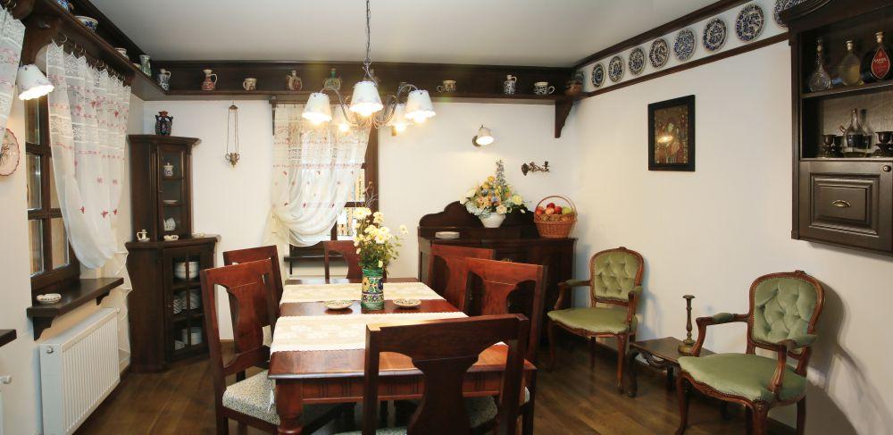 adelaparvu.com despre casa traditional romaneasca Dambovicioara, judetul Arges, arh. Sorin Istudor, designer Marinela Filip (29)