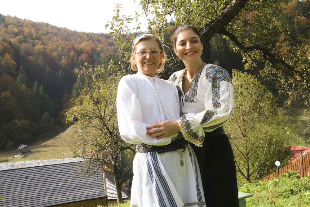 adelaparvu.com despre casa traditional romaneasca Dambovicioara, judetul Arges, arh. Sorin Istudor, designer Marinela Filip (3)
