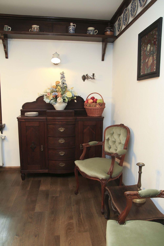 adelaparvu.com despre casa traditional romaneasca Dambovicioara, judetul Arges, arh. Sorin Istudor, designer Marinela Filip (34)