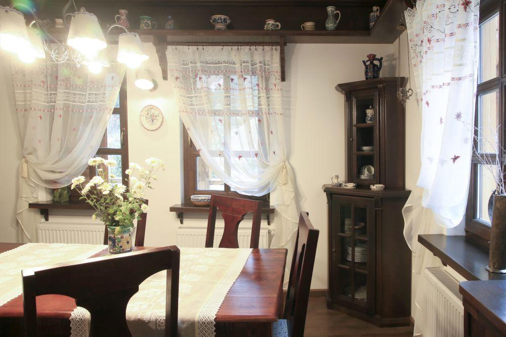 adelaparvu.com despre casa traditional romaneasca Dambovicioara, judetul Arges, arh. Sorin Istudor, designer Marinela Filip (37)