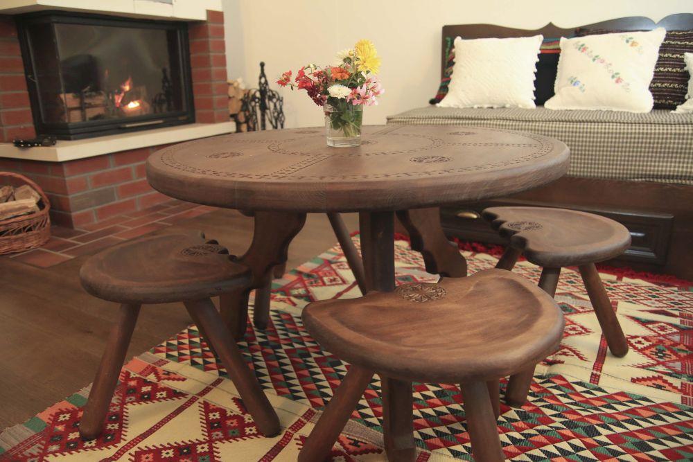 adelaparvu.com despre casa traditional romaneasca Dambovicioara, judetul Arges, arh. Sorin Istudor, designer Marinela Filip (39)