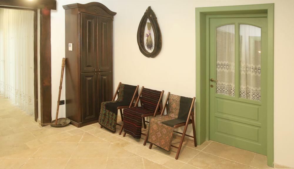 adelaparvu.com despre casa traditional romaneasca Dambovicioara, judetul Arges, arh. Sorin Istudor, designer Marinela Filip (54)