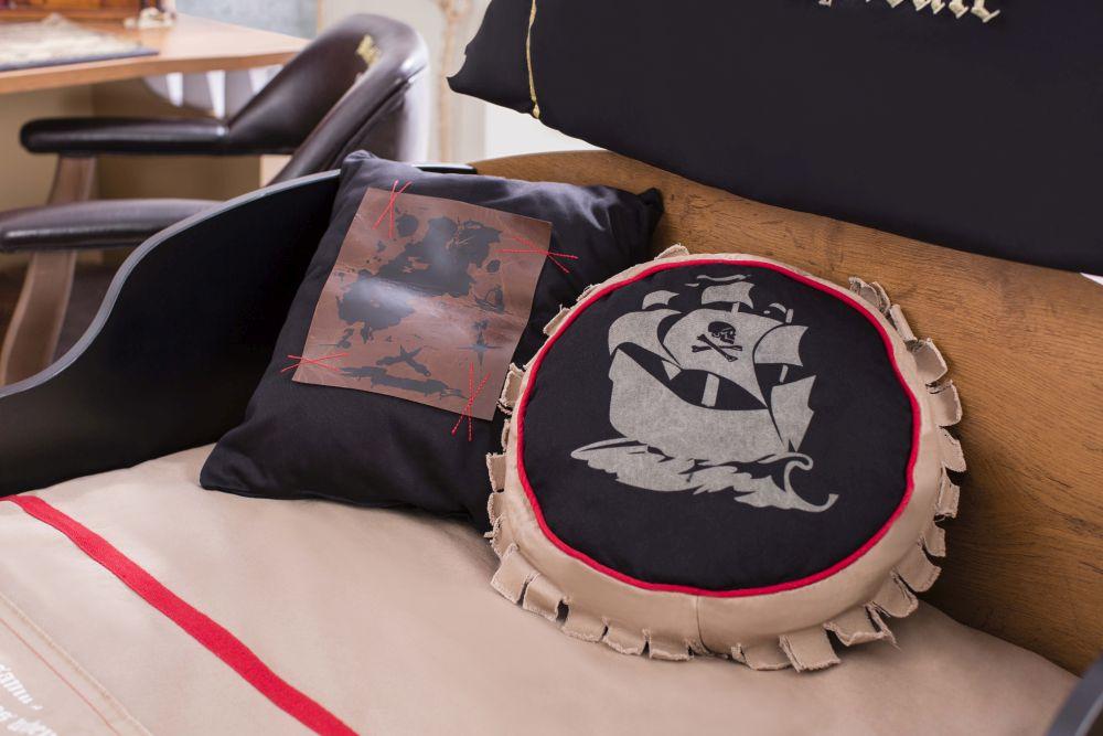 adelaparvu.com despre mobila personalizata tema pirati, camere copii Pirate de la Kika (1)