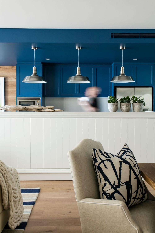 adelaparvu.com apartament redecorat in stil marin, designer Adam Scougall, Foto Yie Sandison (1)