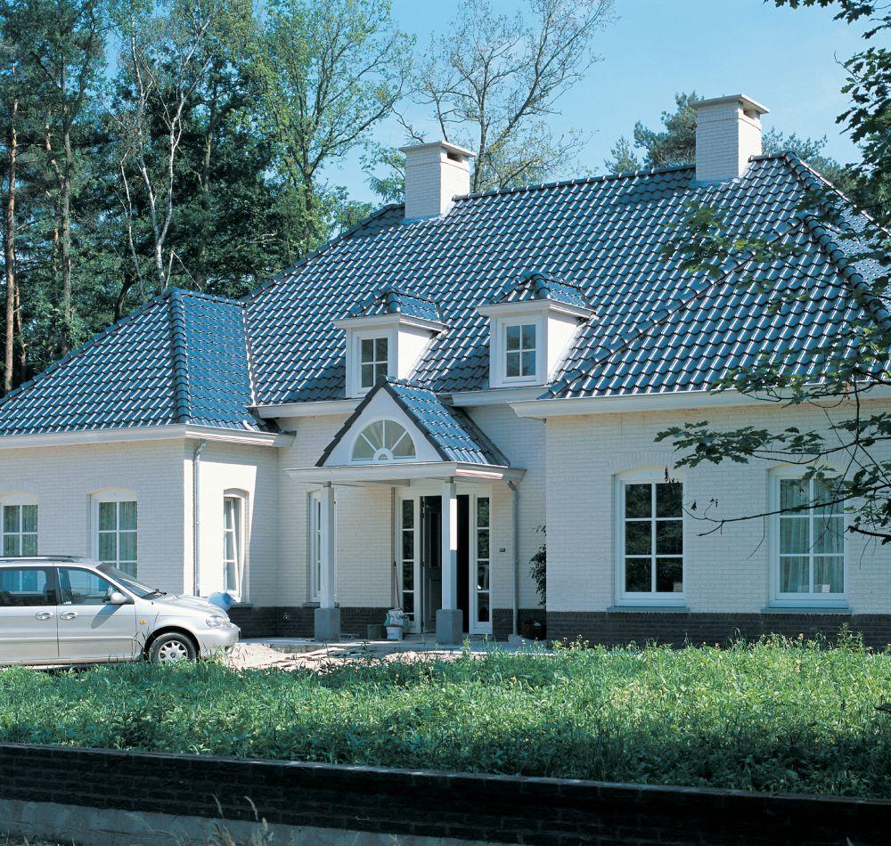 adelaparvu.com despre acoperisuri Bramac cu strat Glazuron (18)