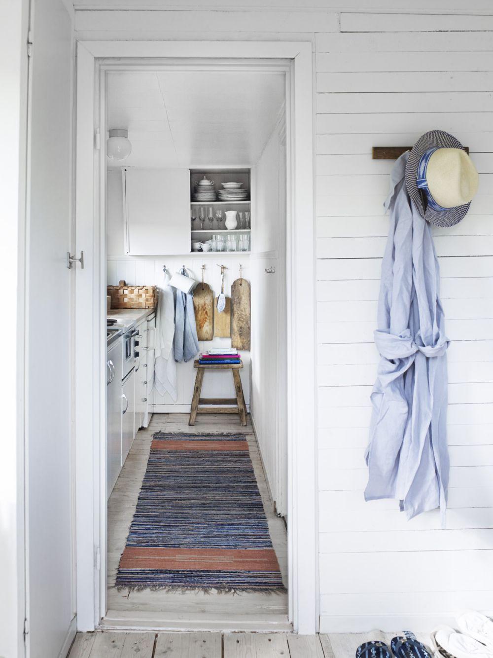 adelaparvu.com despre casa de vacanta din lemn, 25 mp, Suedia, Foto Anna Kern (5)