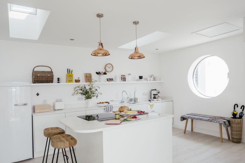 adelaparvu.com despre casa de vacanta la mare, Delphin, Porthleven, Cornwall UK, Foto Unique Home Stays (1)