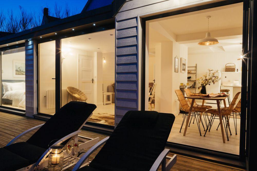 adelaparvu.com despre casa de vacanta la mare, Delphin, Porthleven, Cornwall UK, Foto Unique Home Stays (15)