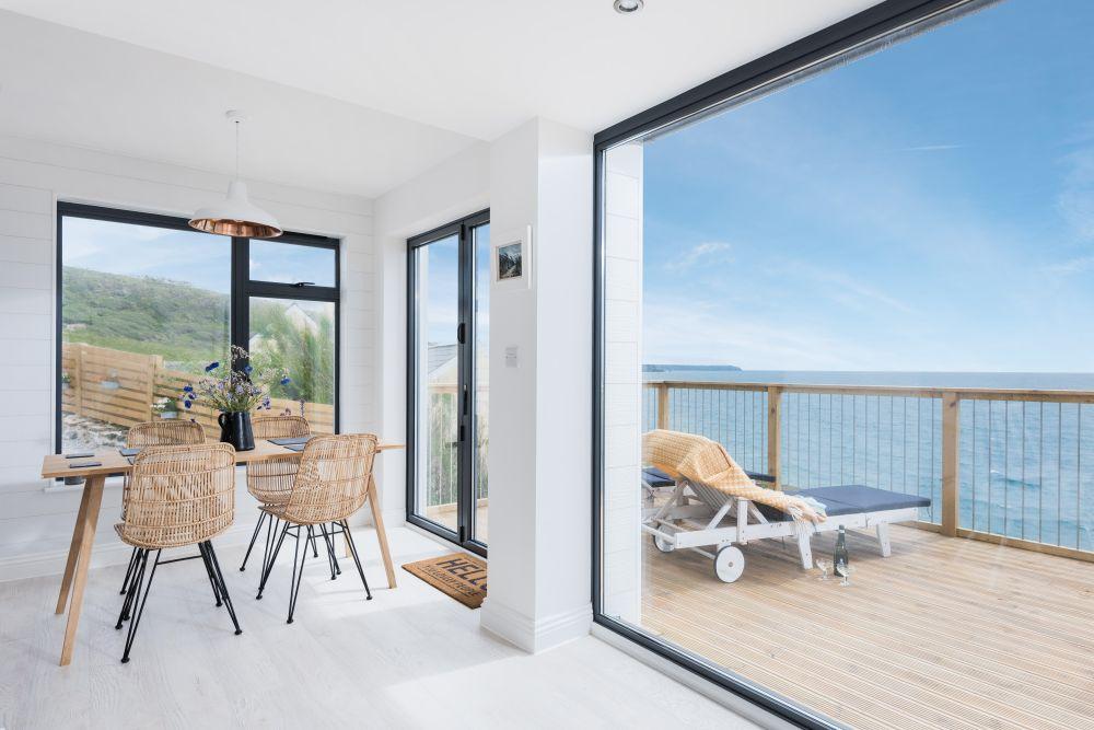 adelaparvu.com despre casa de vacanta la mare, Delphin, Porthleven, Cornwall UK, Foto Unique Home Stays (24)