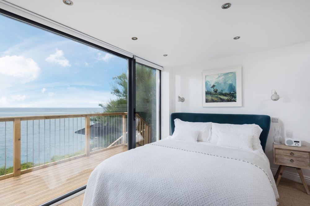 adelaparvu.com despre casa de vacanta la mare, Delphin, Porthleven, Cornwall UK, Foto Unique Home Stays (25)