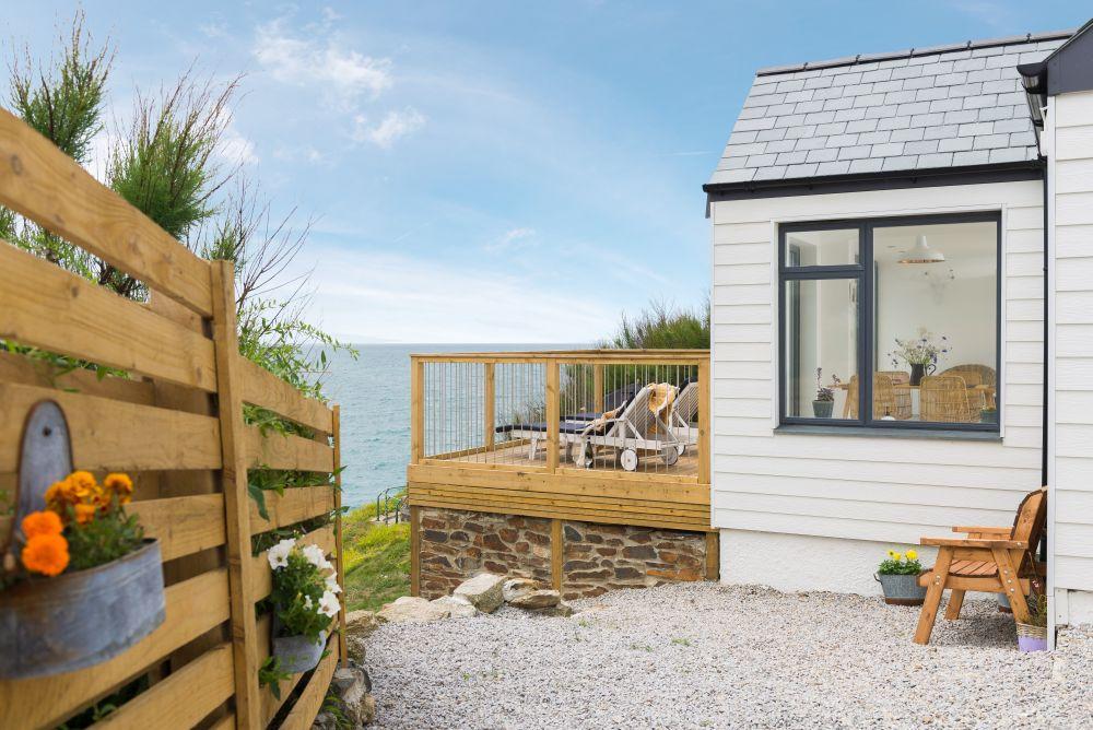 adelaparvu.com despre casa de vacanta la mare, Delphin, Porthleven, Cornwall UK, Foto Unique Home Stays (27)