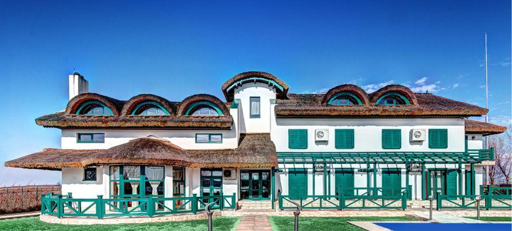adelaparvu.com despre Pensiunea Iara, Delta Dunarii, Nufaru, arhitectura Luminita Arhire, design Monika Badulescu (2)