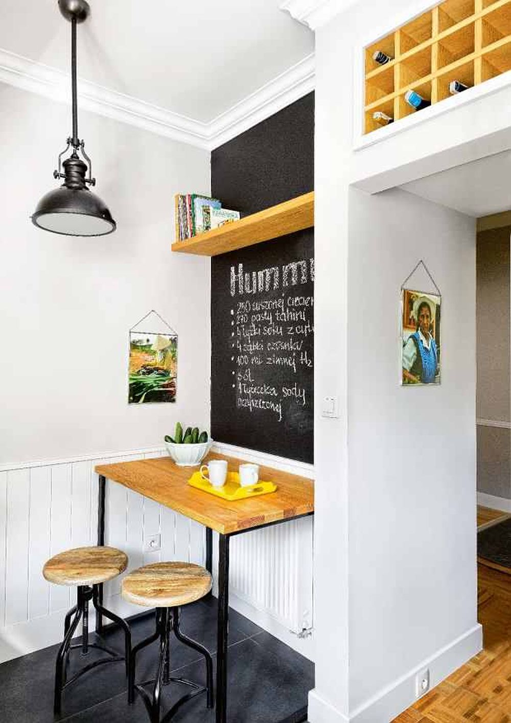 adelaparvu.com despre apartament cu accente de galben, designer Macieja Kocoja, Foto Mariusz Purta (10)