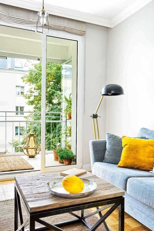 adelaparvu.com despre apartament cu accente de galben, designer Macieja Kocoja, Foto Mariusz Purta (2)