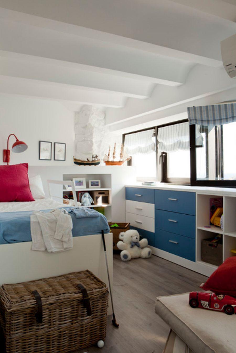 adelaparvu.com despre apartament duplex cu vedere la mare, Costa Brava, designer Pia Capdevila (13)