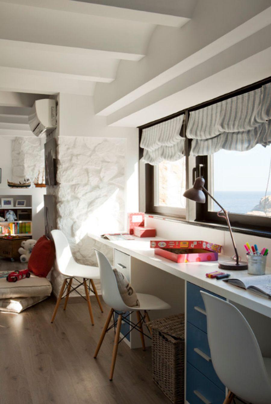 adelaparvu.com despre apartament duplex cu vedere la mare, Costa Brava, designer Pia Capdevila (14)