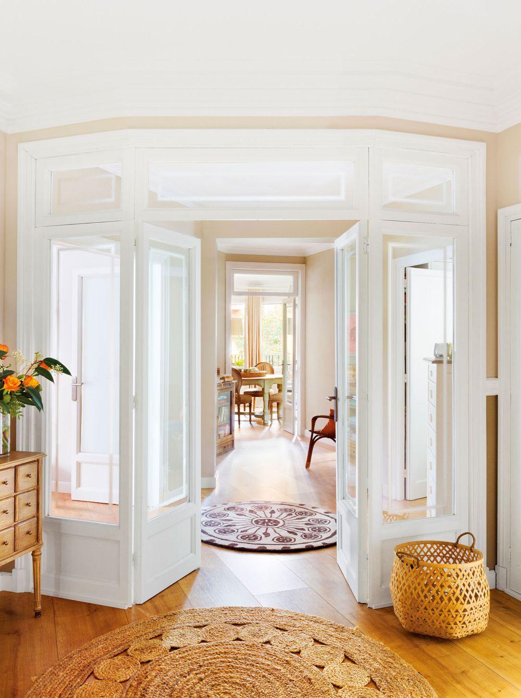adelaparvu.com despre apartament in cladire pe colt, Barcelona, Designer Meritxell Ribe, Foto Fernando Bedon (9)